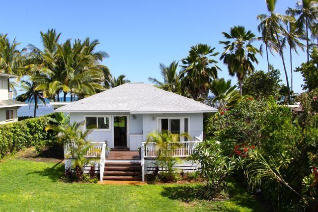 Original North Shore Bungalow on Stunning VRBO
