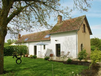 Beautiful holiday home near Castle in the beautiful cycling surroundings of Sully-sur-Loire