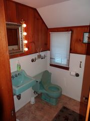 North Conway house photo - Half bathroom