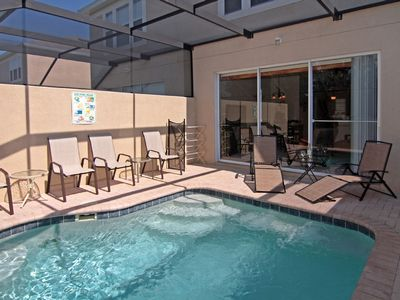 Enclosed Lanai with Pool
