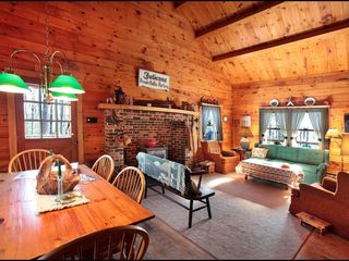 Lehighton cabin photo - Another View of our Spacious Great Room