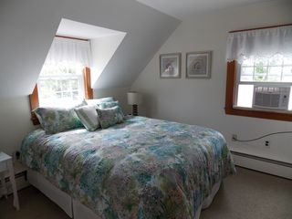 Rye house photo - Queen bed, upstairs bedrrom