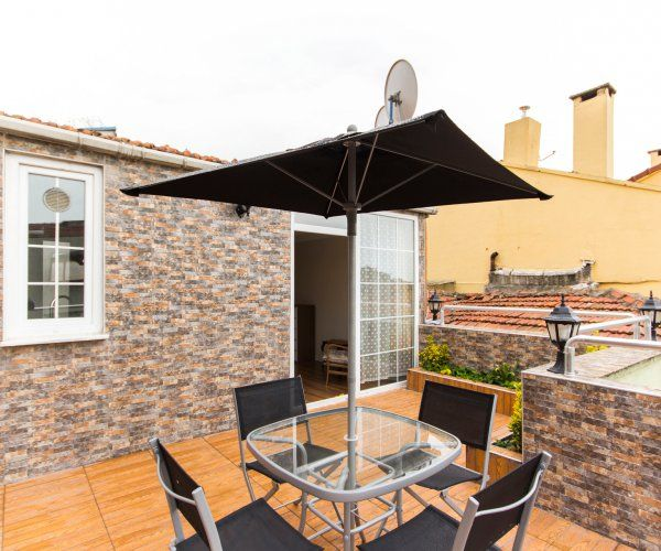 Amazing 2 Bedroom Apartment with Terrace in Kadikoy