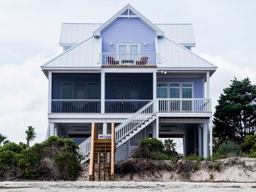 Harbor Island house rental - 'The Hampton House' view from the beach !