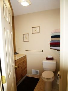 Presque Isle cottage rental - Full Bathroom
