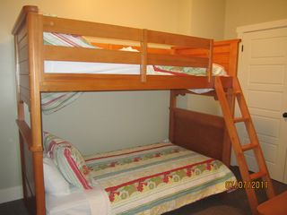 Jacksboro house photo - Bunks Lower Level Twin
