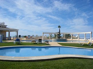 3 Bedroom Villa With Private Garden, Sea Views And Walking Distance Of Beach And Restaurants