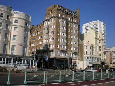 Brighton & Hove apartment rental - The apartment building from the street