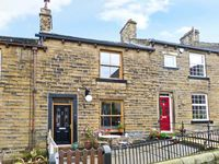 CHAPEL VIEW, pet friendly, with a garden in Haworth, Ref 11966