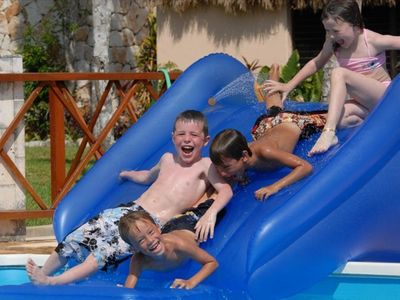 Taninah is ideal for extended family groups or multiple couples with kids.