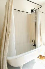 Lewes Delaware Claw foot Bathtub - Lewes cottage vacation rental photo