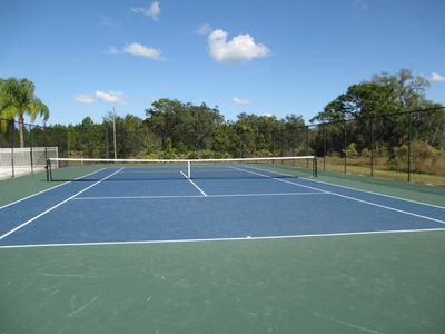 Glenbrook Tennis Court