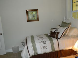 Englewood condo photo - Twin bedroom with two twin beds