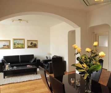 Lux Apartment for Short Term Rent Right in The City Center
