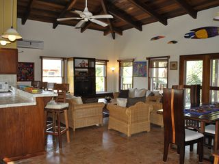 Ambergris Caye villa photo - The breakfast bar and living room area