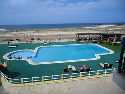 Luxury Frontline 2 Bed/2 Bath Ground Floor Apt With Beach And Pool Views
