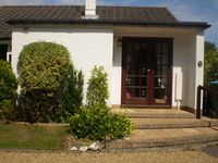 Attractive 2 Bedroom Bungalow in the pretty village of Walberton