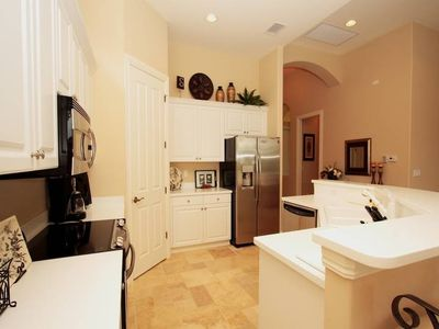 Kitchen with all Modern Applicances Fully Stocked with all Amenities
