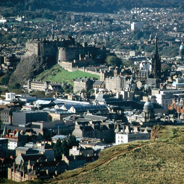 See Edinburgh in the widescreen