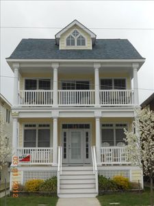 16th and Asbury Avenue is an ideal location close to beach, boards and shopping
