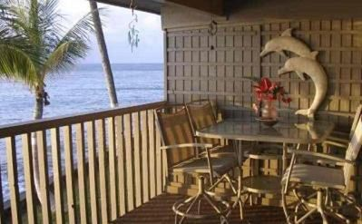 Ocean View from the Lanai, enjoy tropical dining