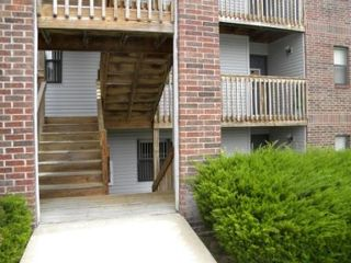Branson condo photo - Half flight of stairs to enter condo unit