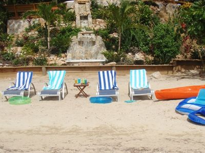 Roatan house rental - LOUNGING ON ADJACENT SANDY BEACH AREA