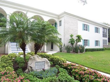 Naples condo rental - The Manor