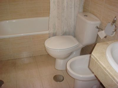 Complete bathroom nº 2