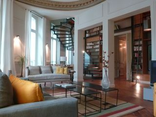 Beautiful Apartment In Paris: Contact the Owner,5 bedrooms  5 baths  Elegant  Beautiful     HomeAway 2nd
