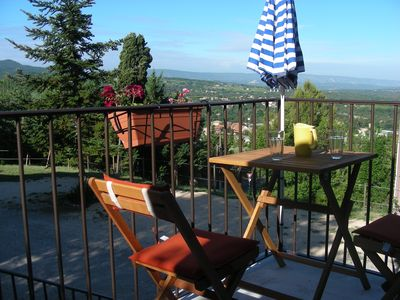 Apartment conditioned countryside at the foot of the Luberon with garden apartment