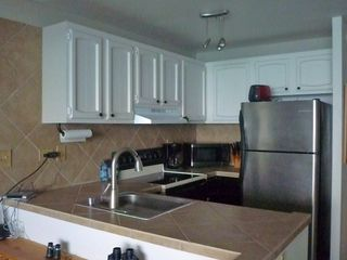 Kailua Kona condo photo - newly remodeled kitchen