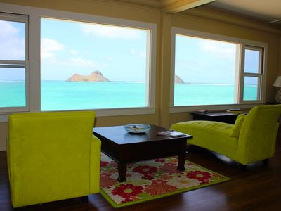 Living room with view of Mokulua Islands