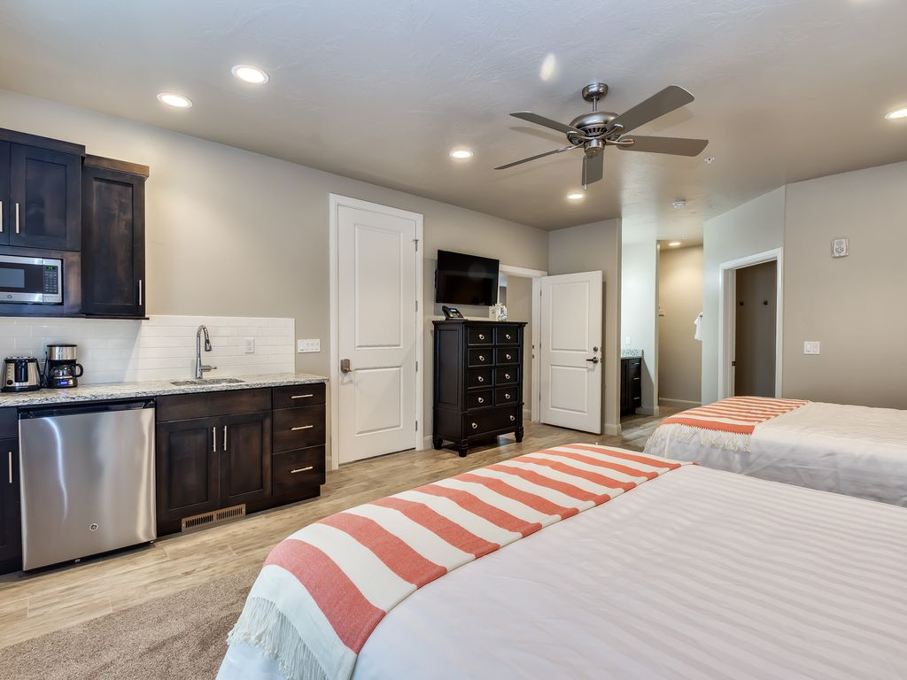National Furniture Bedrooms Zion National Park 2 Bedroom Villa In Springdale Ut Springdale