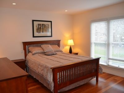 Comfortable Master Bedroom; Queen size bed; large dresser; walkin clostet