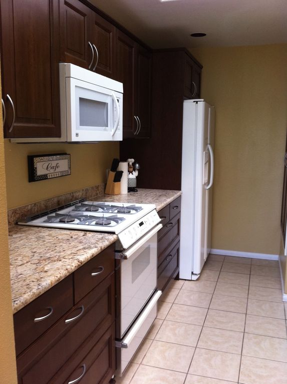 Brand new granite countertops,