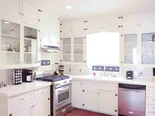 Austin house photo - Beautiful fully-equipped renovated kitchen with high quality appliances