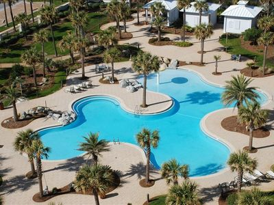 Main pool on resort property: hot tub, zero entry pool, kid's splash pad