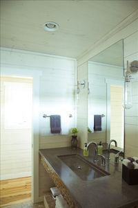 Upper level bathroom
