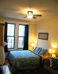 Brooklyn apartment photo - Queen sized bed (and couch pulls out to full size bed, if needed)