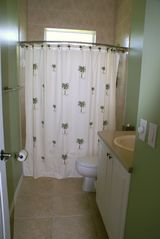 Cape Coral house photo - Guest Bathroom