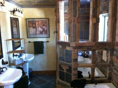 Florissant lodge rental - Second luxurious bath with spa like amenities
