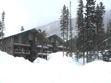 As the HIGHEST rental in the ski valley, we get the most snow and best views.