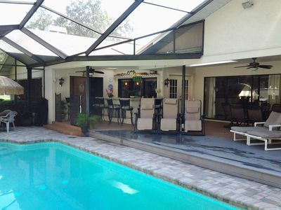 Stunning Pool/Spa Resort Home, 4 Kings/1Queen, Gourmet Kitchen, multi-family