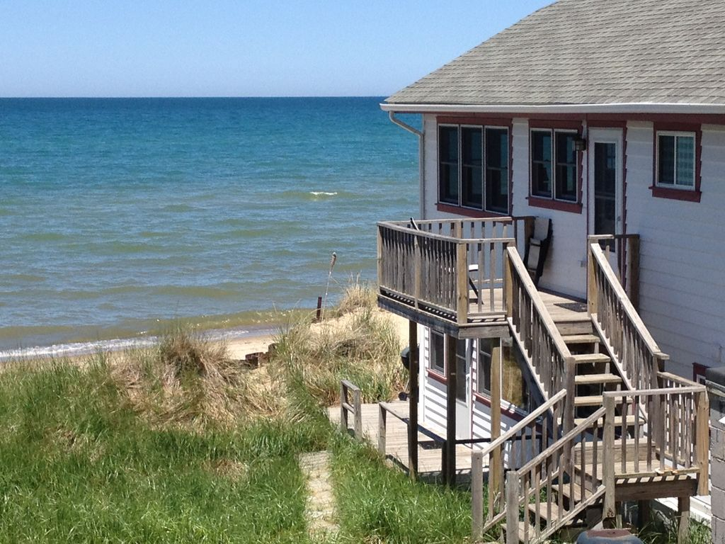 Indiana Dunes Beach Rental 2 BR Vacation Cottage for Rent