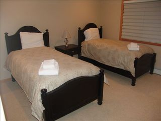 Incline Village house photo - Bedroom with twin beds