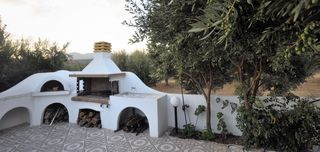 Gouves villa photo - The barbecue and the stone oven to prepare amazing meals