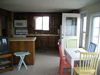 Hill's Beach cottage photo - The Kitchen