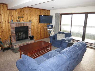 Luxury 1 Bed Condo with in&Out Swimming Pools, Jacuzzi, Gym