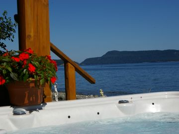 Qualicum Beach house rental - OCEAN FRONT 8 person HOT TUB W/ waterfall and music